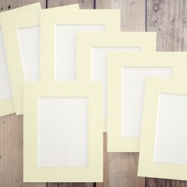 8″ x 6″ Pack of 14 – £0.42 Per Mount – Choice of Colours & Aperture Size